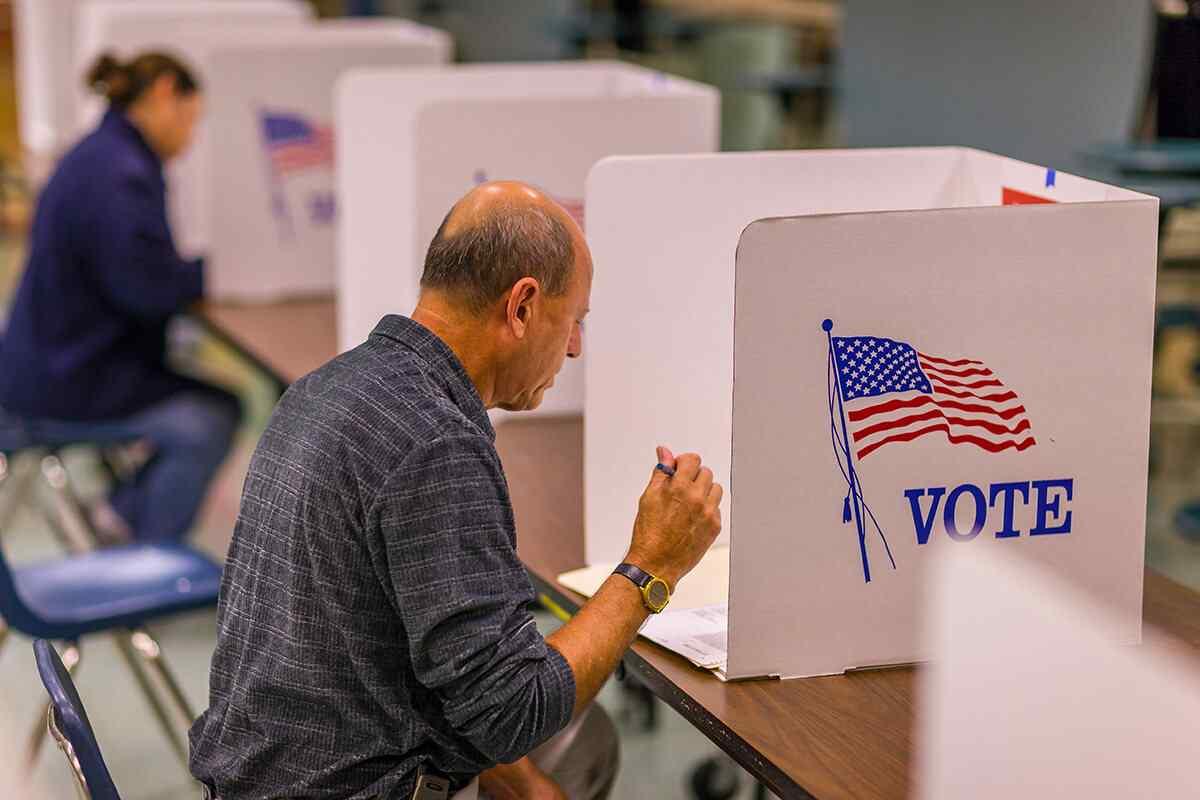 https://votecassandrachase.com/wp-content/uploads/2019/05/campaigne-2.jpg